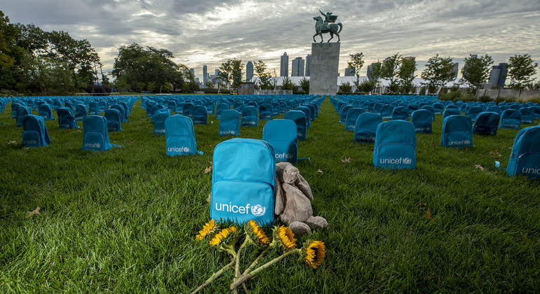 UNICEF backpacks used as a haunting symbol to call for greater protection  of children living in conflict | | UN News